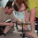 Učení se s manuální pokoskou | Learning to use our manual miter saw