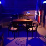 Noční osvětlení pracovny | The ready room ligths at night