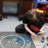 Malování loga na koberec | Painting logo on the carpet